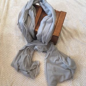 Pieces Over-sized Blue-Gray Scarf